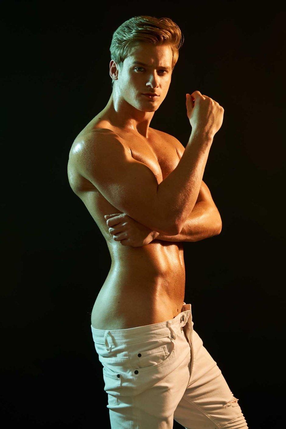 Renan Corbani by Travis H. Lane for Brazilian Male Model_003